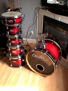 DRUMS, PEDALS & CYMBALS