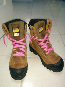 Dakota 400 steel toe work boots - size 7W