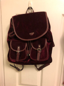 Red velvet Guess small backpack