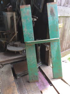 Steel Bridge for a Fork Life or Tow Motor