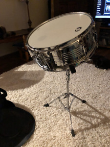 CB Snare drum, stand, practice pad and carrying case