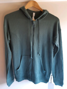 "lululemon Size 6 Graphite Green ""Wake Up & Go"" Sweater"
