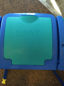 Safety 1st Feeding Booster Seat Peterborough Peterborough Area image 2