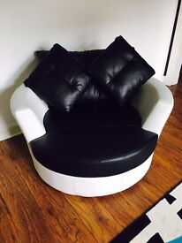 Black & white leather chair