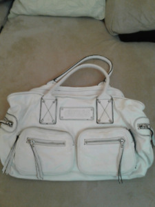 Guess White Womens Bag Very Roomy Clean