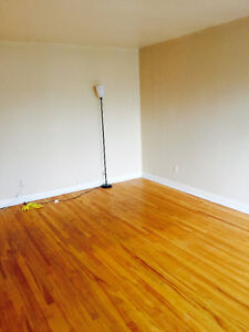 Lasalle 51/2 Upper Duplex for rent