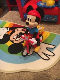 Silly Cycle Mickey