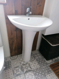 Bathroom sink (tap not included)