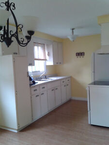 $1400,Immediate availability!Ligth!Excellent location! Spacious