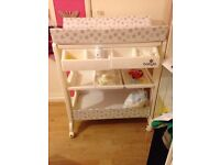 babylo Baby changing table with bath