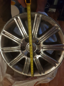 21 inch Chrysler Rims - Very Sharp Looking