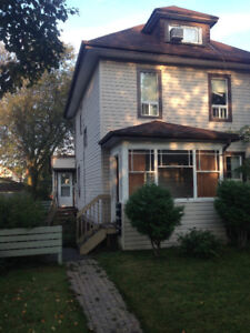 Perfect for students! Bach/1bd, util incl. central. NS/NP $675