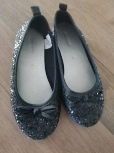 Girls dress shoes size 13