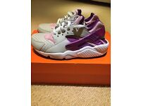 Brand New Nike Huaraches Arctic Pink trainers
