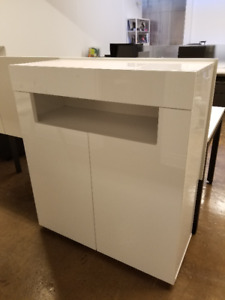 Storage cabinet from Structube