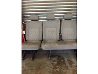 Transporter middle row seats