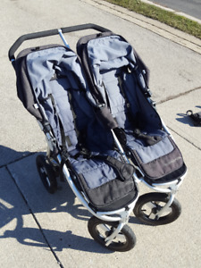 Bumbleride Indie Twin Stoller side by side 30 inches wide