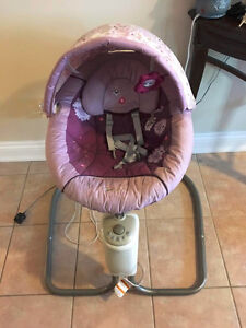 Graco Minnie Mouse Sweet Snuggle Swing