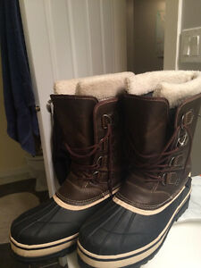 Outbound Snowgaurd Boots (-40C) Used once