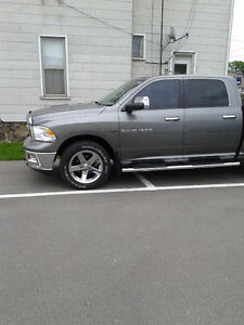 2012 Dodge Ram tires and rims