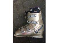 Women's Salomon Ski boots - Evolution - Size 25.5 (UK 7)