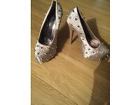 Truffle mink size 6 spiky design heels