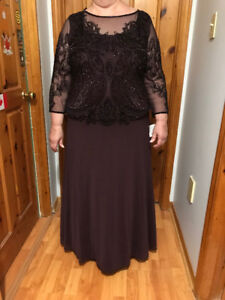 Mother of the Bride/Groom Dress -never worn or altered.