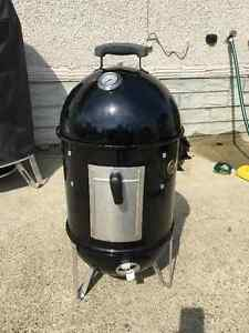 "14.5"" Weber Smokey Mountain smoker - barely used"