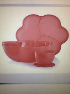 NEW Tupperware Chip and Dip Serving Set