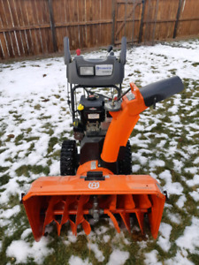 Husqvarna 15530SB-LS Snow blower like new