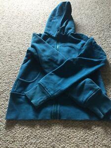 Size 6 lululemon scuba hoodie