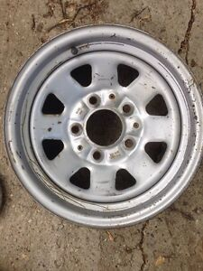 Looking for used Ford wheel