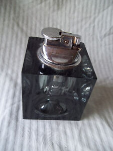 Smokey Crystal - Table Cigarette Lighter