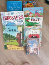 CHILDREN'S BOOKS Dinosaurs..