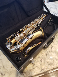 Vito Saxophone