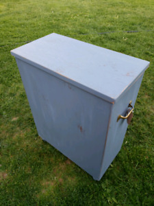 Wood Bin/ Hamper/ Trunk