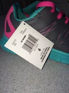 NEW! Danskin athletic shoes Kitchener / Waterloo Kitchener Area image 4