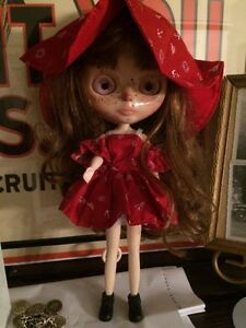 Blythe doll - FACTORY comes nude $50