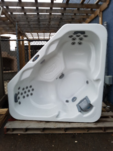 Used/Pre-Owned Cal Spa