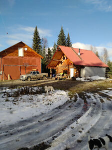 Log home cute as a button. Prince George British Columbia image 1