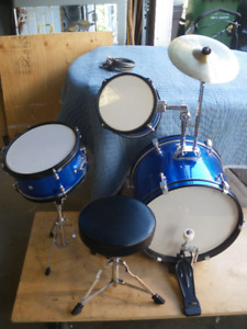 RB Drum set for beginners .