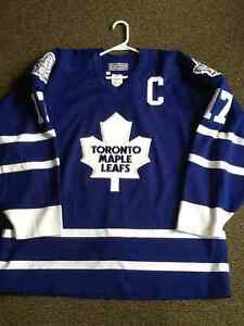 Wendel Clark Toronto Maple Leafs autographed Pro jersey NHL