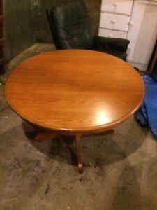 Round Solid Oak Pedestal Table