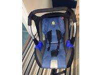 Group 0+ car seat (birth-13kg). Only used a few months.