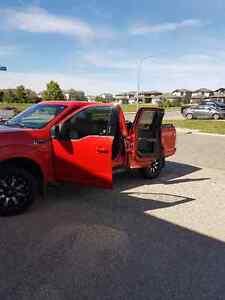 2015 Ford F-150 Xlt fx4 Pickup Truck Moose Jaw Regina Area image 4