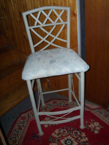 Counter height chair/Bar Stool