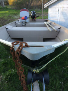 12ft Aluminum Boat Motor and Trailer