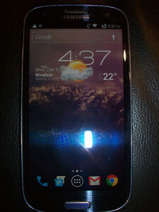 Samsung Galaxy S3 (Rogers) + Case + 8GB SD Card