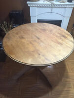 Gorgeous solid wood dining table. Good condition. Light tan.