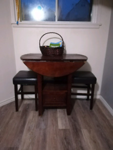 Fold out leaf table